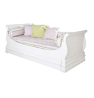 shabby daybed