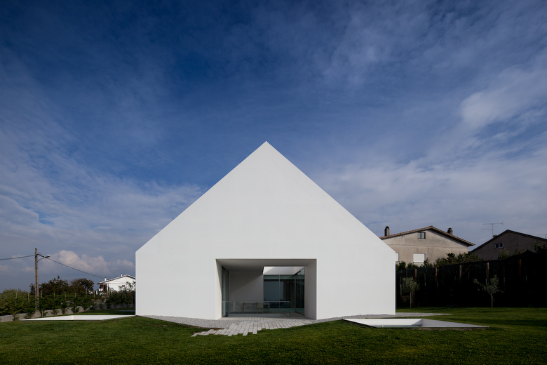 minimalist home 1