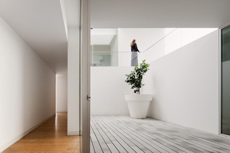 minimalist home 10