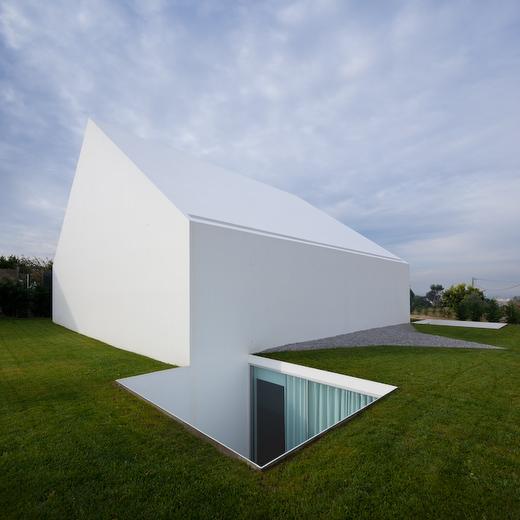 minimalist home 2
