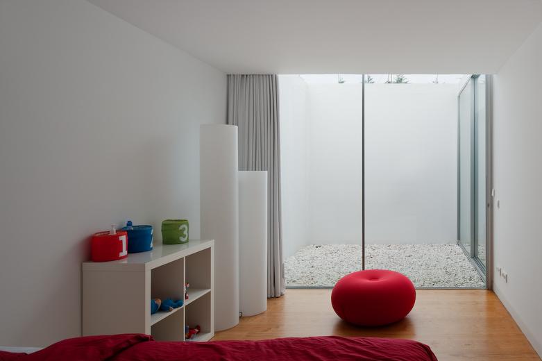 minimalist home 7