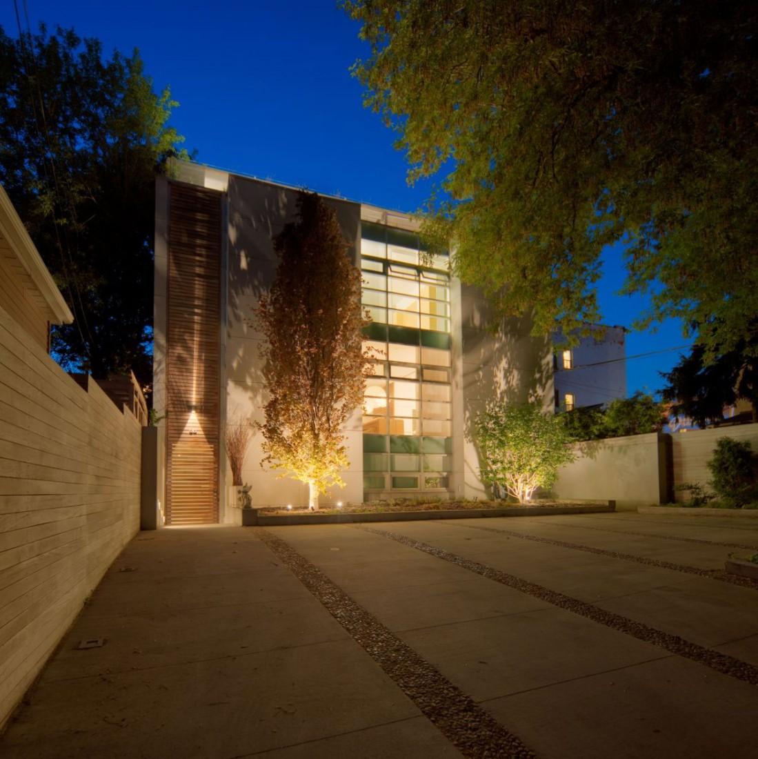 modern home 1